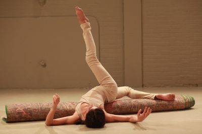 Maria Hassabi is performing SOLO as part of Crossing the Line festival (photo by Paula Court)