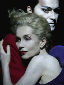 Ariel Garcia Valdès and Isabelle Huppert grab hold of one another in Robert Wilson's QUARTETT (photo by Pascal Victor)
