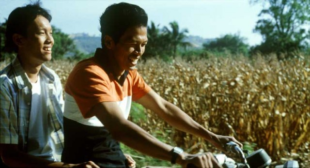 Apichatpong Weerasethakul's TROPICAL MALADY was both booed and celebrated at the 2004 Cannes Film Festival