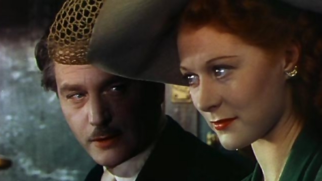Boris Lermontov (Anton Walbrook) and Victoria Page (Moira Shearer) contemplate their future in Michael Powell and Emeric Pressburger's THE RED SHOES