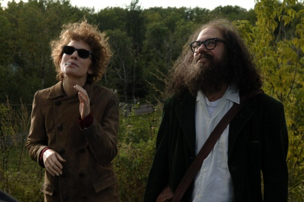 One of six versions of Bob Dylan (Cate Blanchett) hangs out with Allen Ginsberg (David Cross) in Todd Haynes's I'M NOT THERE
