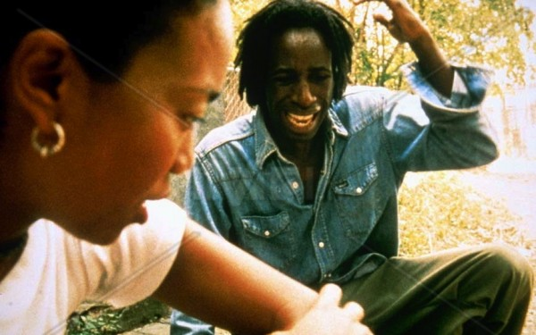 Ray (Saul Williams) turns to Lauren Bell (Sonja Sohn) for help in seminal genre film