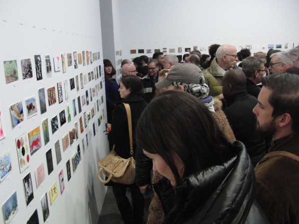 Art lovers and collectors crowd in and take notes at VIP preview for sixteenth annual Postcards from the Edge benefit (photo by twi-ny/mdr)