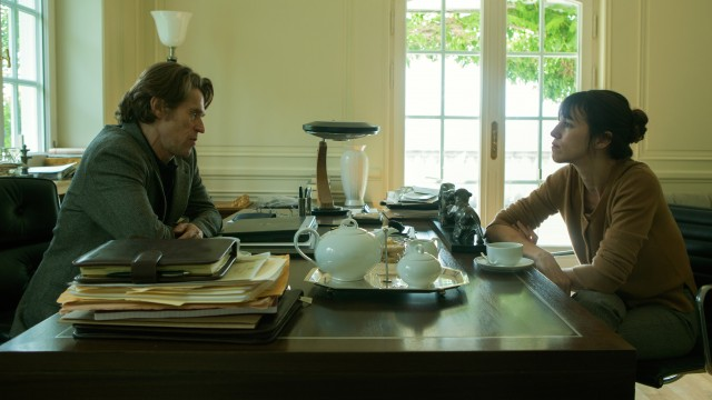 L (Willem Dafoe) offers Joe (Charlotte Gainsbourg) a dangerous job in second volume of controversial Lars von Trier epic (photo by Christian Geisnaes)