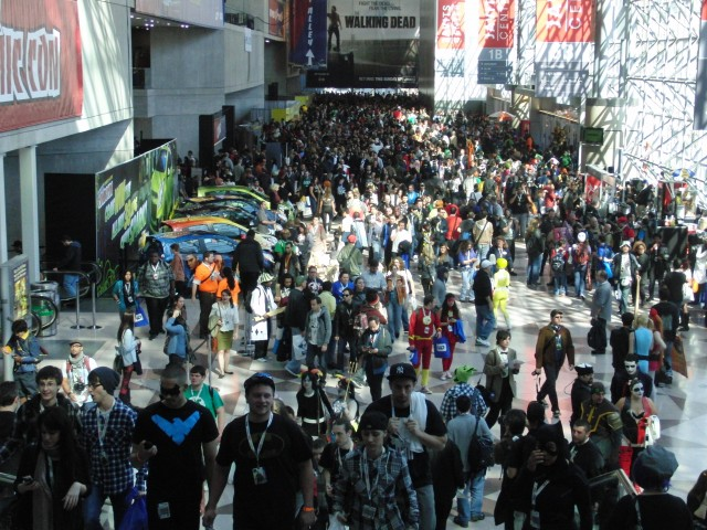 Crowds keep getting bigger and bigger every year for New York Comic Con (photo by twi-ny/mdr)