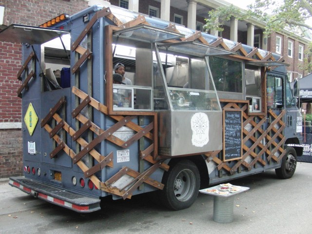 Socially conscious Snowday Food Truck will be in Flatiron District giving out free treats to celebrate National Maple Syrup Day (photo by twi-ny/mdr)