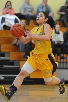 Gianna Gotti will be leading the Lightning in first-ever girls game at Bronx tournament (photo courtesy Sandy Rossen)