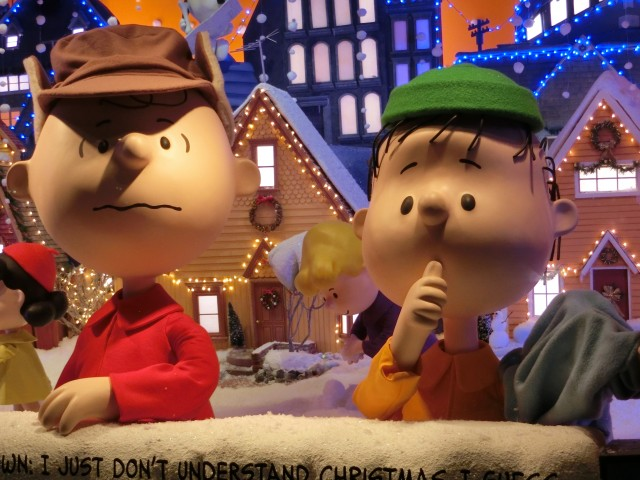 Macy's holiday window display celebrates fiftieth anniversary of A CHARLIE BROWN CHRISTMAS (photo byt twi-ny/mdr)