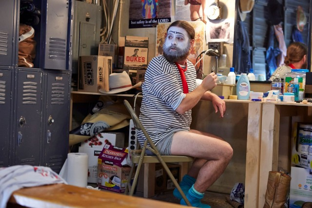 Nothing can stop Chip Baskets (Zach Galifianakis) from becoming the clown he is meant to be (photo by Ben Cohen/FX)