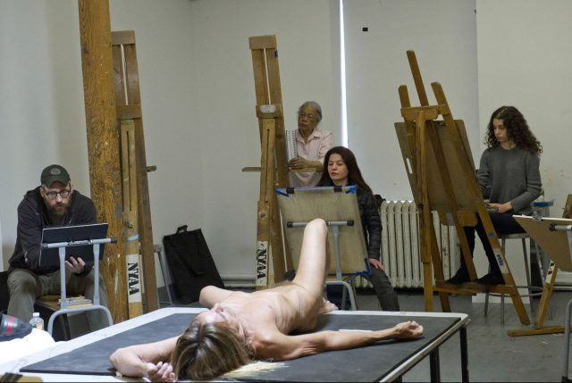 """""""Iggy Pop Life Class by Jeremy Deller,"""" organized by the Brooklyn Museum, February 21, 2016 (photo by Elena Olivo, © Brooklyn Museum)"""