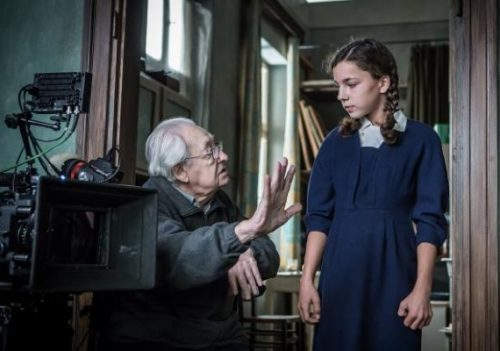 Andrzej Wajda directs Bronislawa Zamachowska on the set of Afterimage (photo © Akson Studio/Anna Włoch)