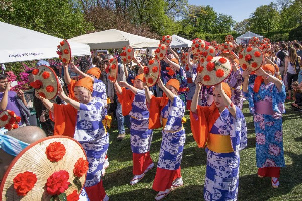 Japanese Folk Dance Institute of NY at Sakura Matsuri. Photo by Julie Markes. Courtesy of Brooklyn Botanic Garden.