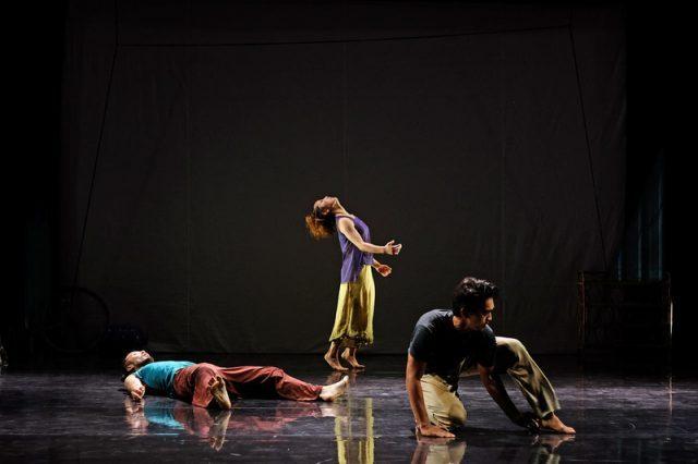 Japanese dancer and choreographer Akiko Kitamura and Cambodian photographer Kim Hak collaborate on the multimedia Cross Transit (photo by Sopheak Vong)