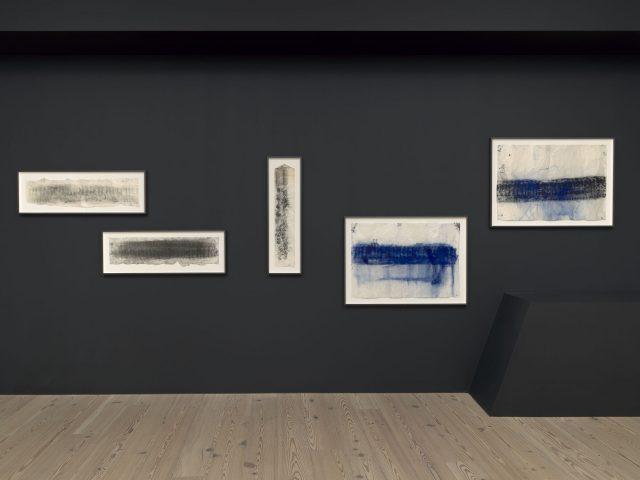Installation view of Jason Moran (Whitney Museum of American Art, New York, September 20, 2019-January 5, 2020). From left to right: Jason Moran, Run 2, 2016; Jason Moran, Run 6, 2016; Jason Moran, Strutter's Ball, 2016; Jason Moran, Blue (Creed) Gravity 1, 2018; Jason Moran, Black and Blue Gravity, 2018. Photograph by Ron Amstutz